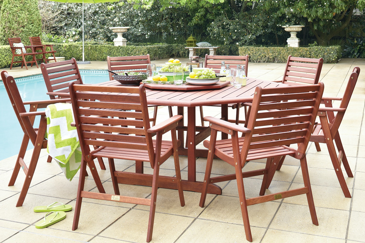 Bentley 9 Piece Octagonal Outdoor Dining Setting