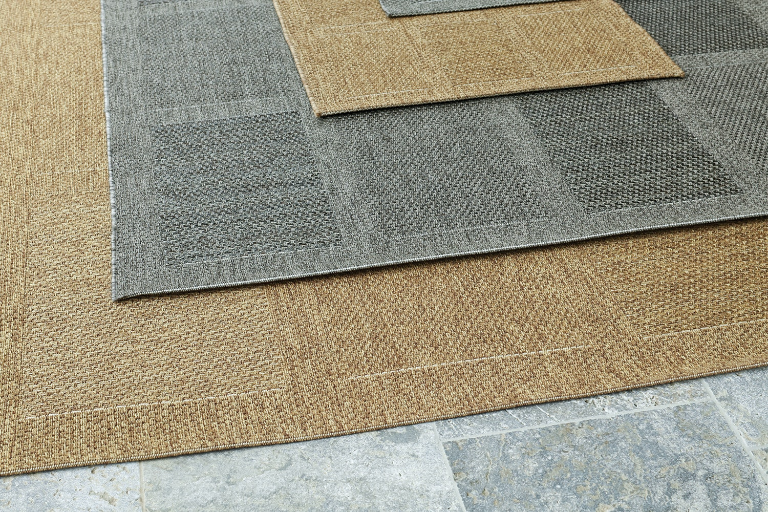 Outdoor Rugs 200 x 290cm by Rug Traders
