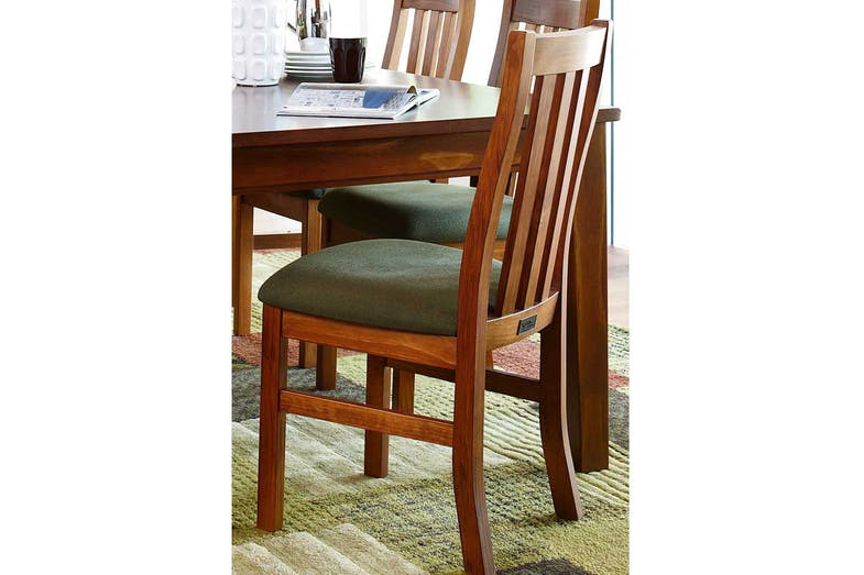 Ferngrove Dining Chair