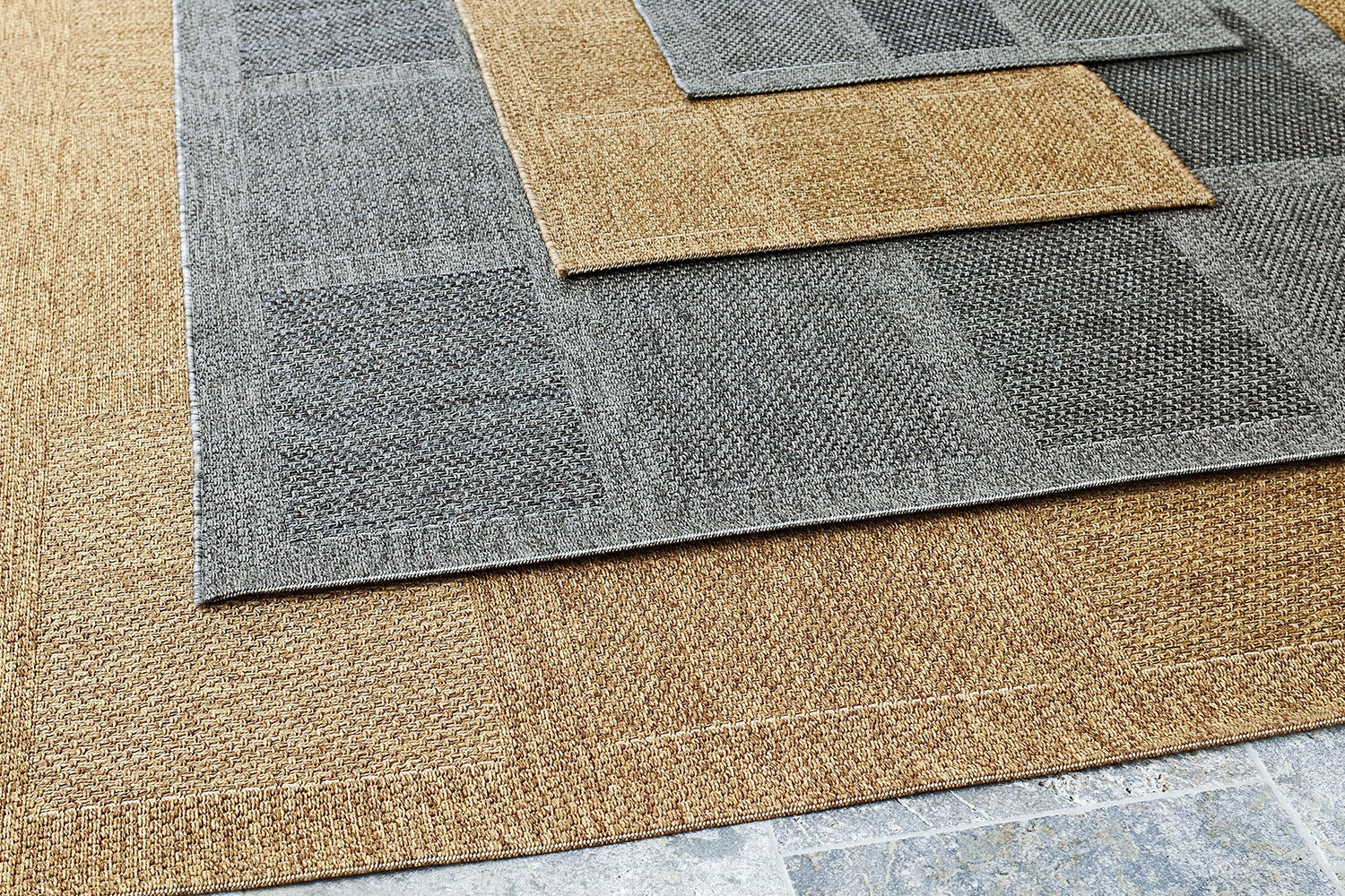 Outdoor Rugs 120 x 170cm by Rug Traders