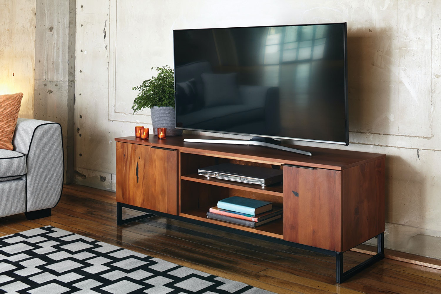 Matai Bay 1500mm Entertainment Unit