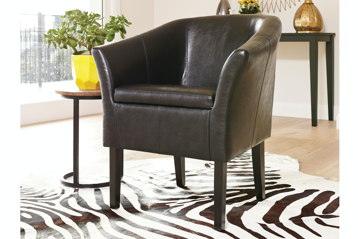 Black Aria Tub Chair by Nero Furniture