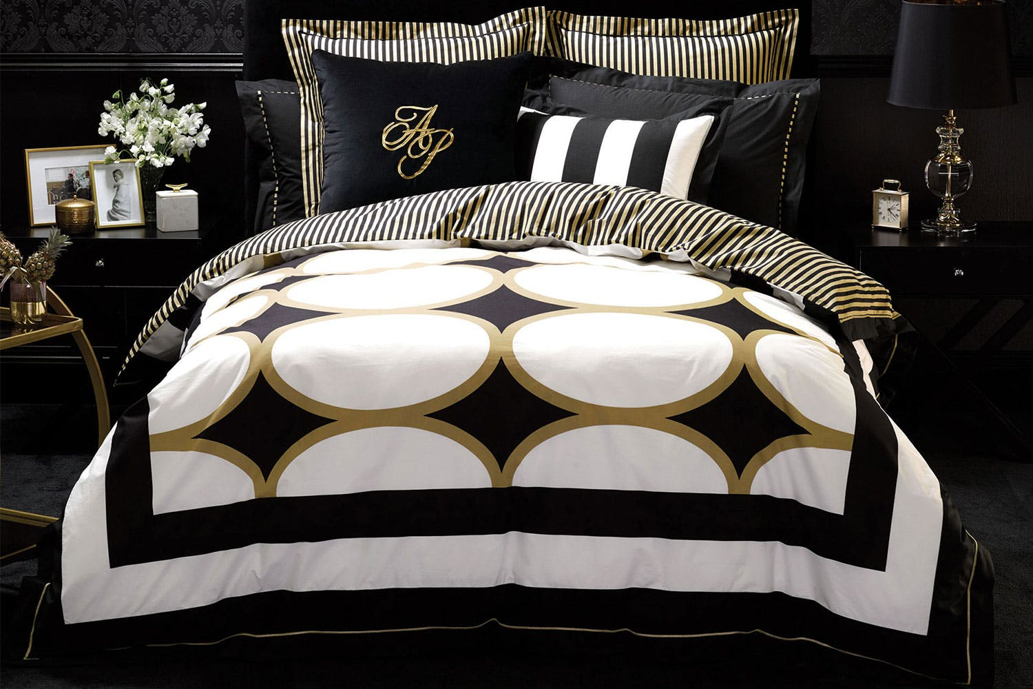 Manhattan duvet cover set by alex perry harvey norman new zealand gumiabroncs Gallery