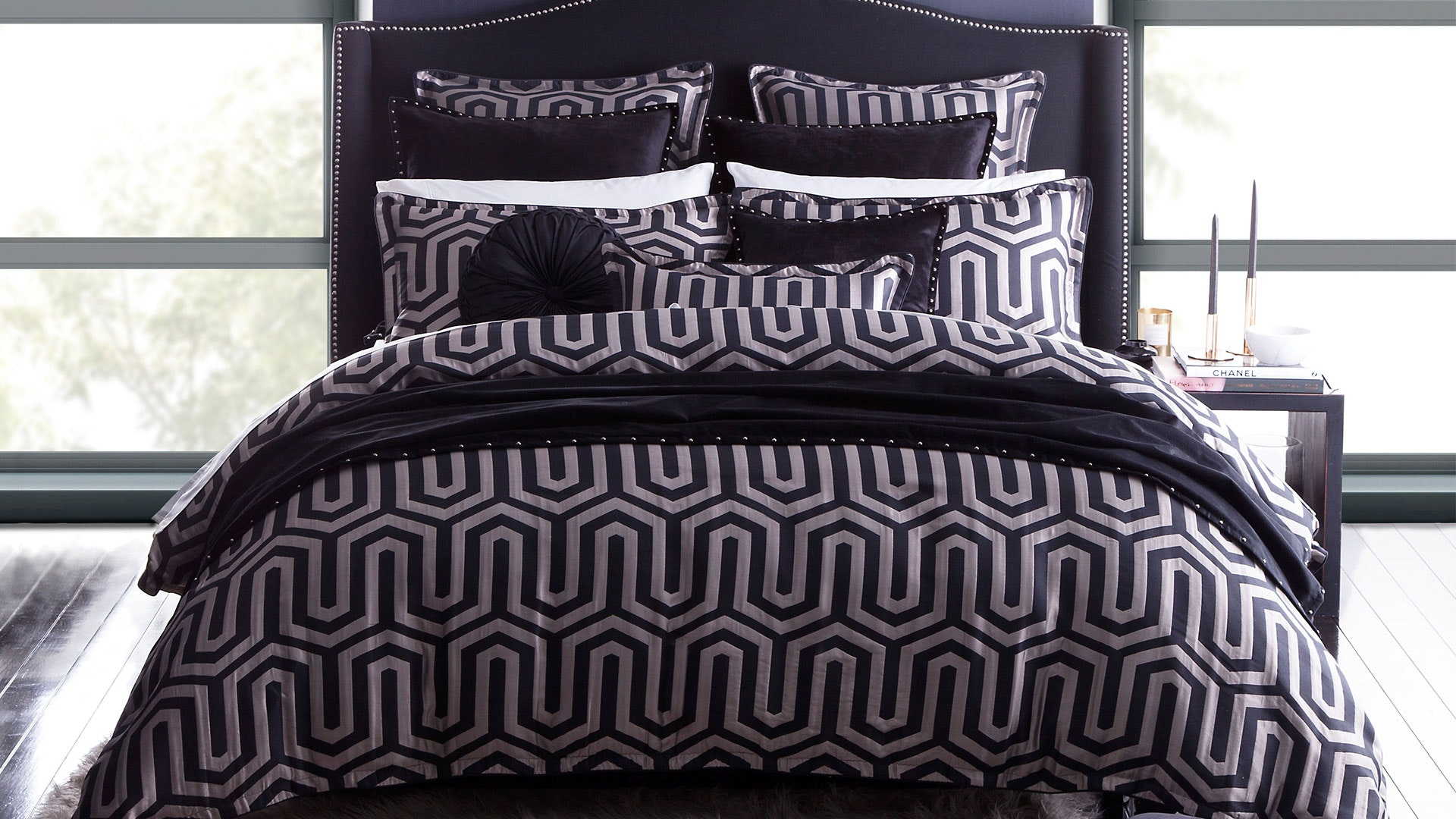 Chase Onyx Duvet Cover Set by Da Vinci