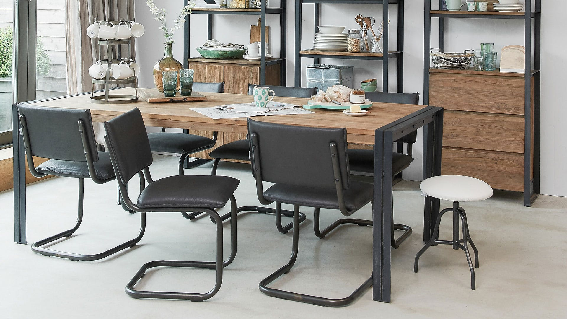 Fendy Dining Table By D Bodhi Collection