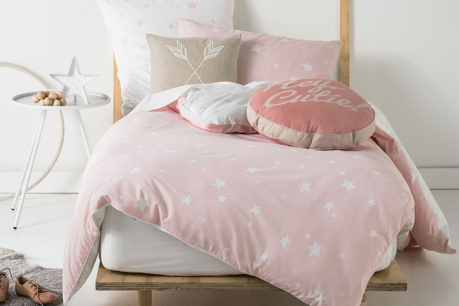 Stargazer Pink Quilted Duvet Cover Set by Squiggles