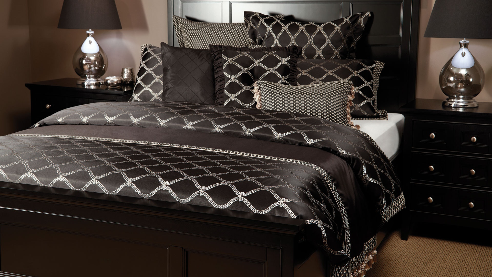 Hartley Duvet Cover Set by Central Thread Grandeur