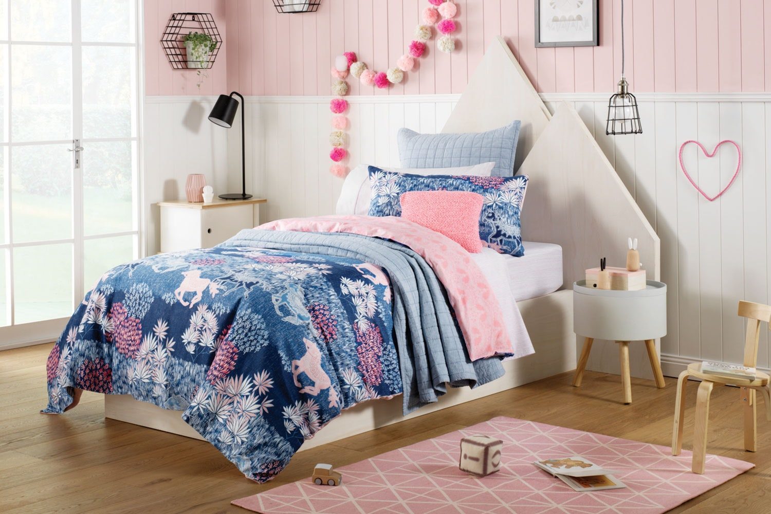 Meadows Indigo Duvet Cover Set by Sheridan Kids