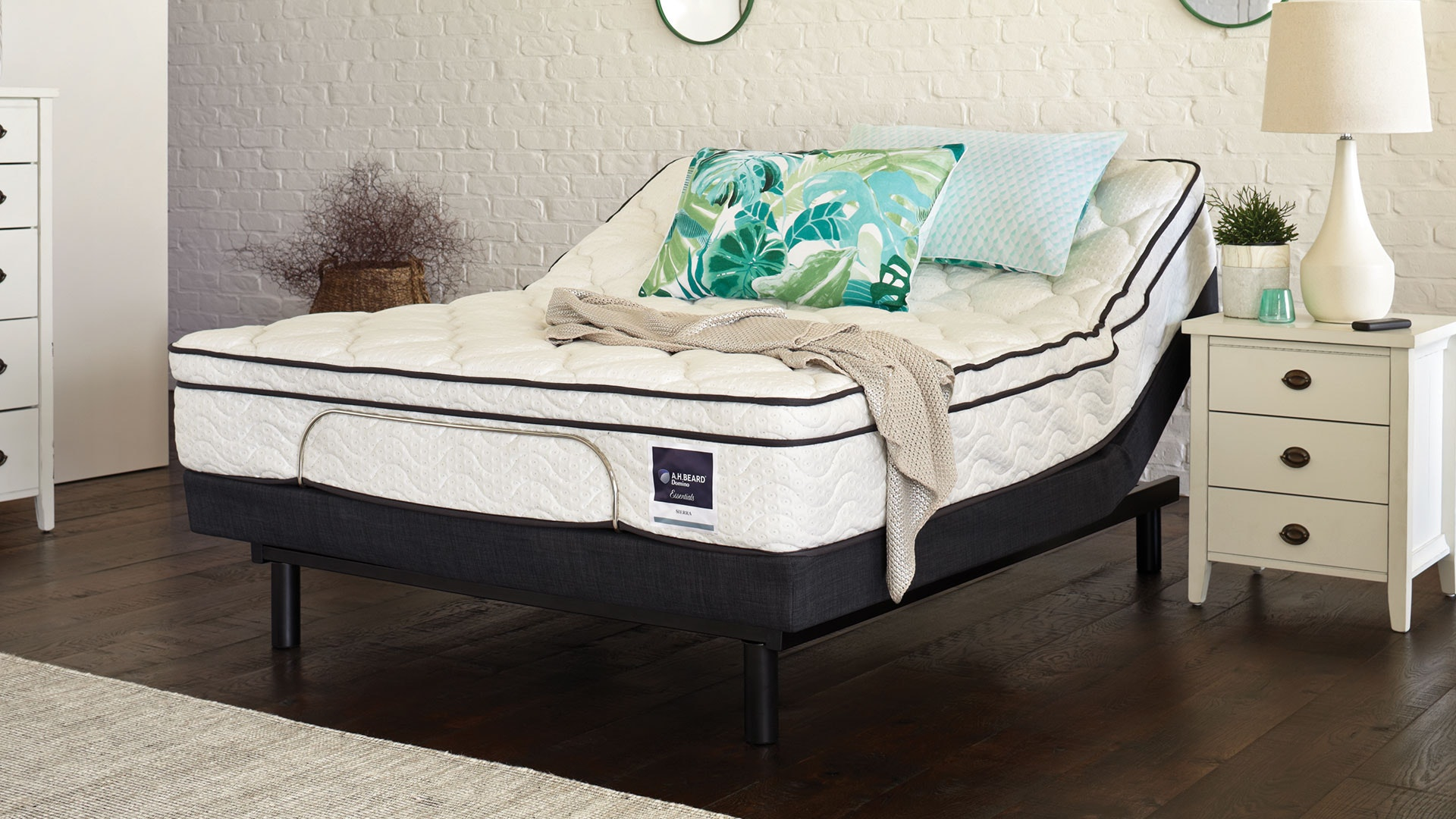 A.H. Beard Sierra Queen Mattress with Lifestyle Adjustable Base by Tempur