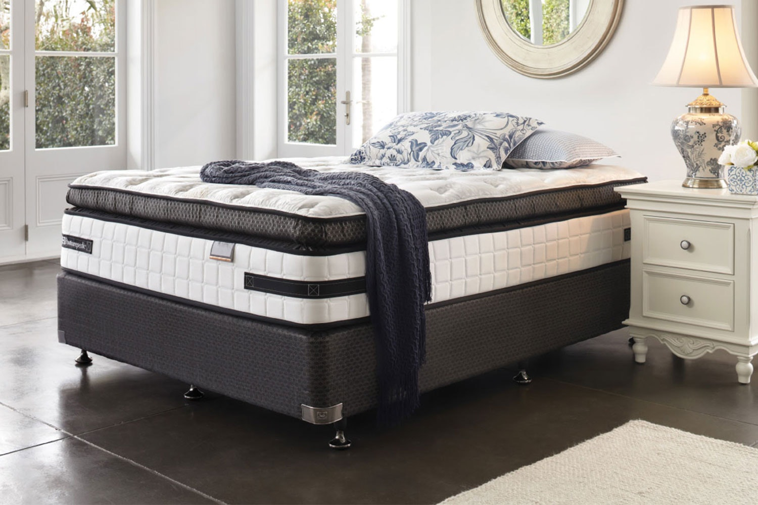 Kensington Ultra Plush Queen Bed By Sealy Posturepedic ...