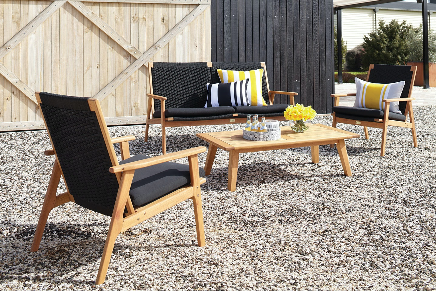 Valley 4 Piece Outdoor Lounge Setting
