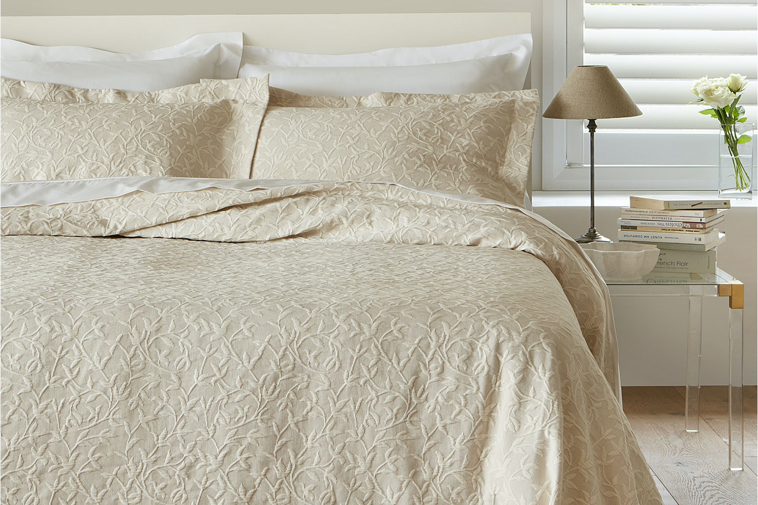 Devon Bedspread Set by Baksana