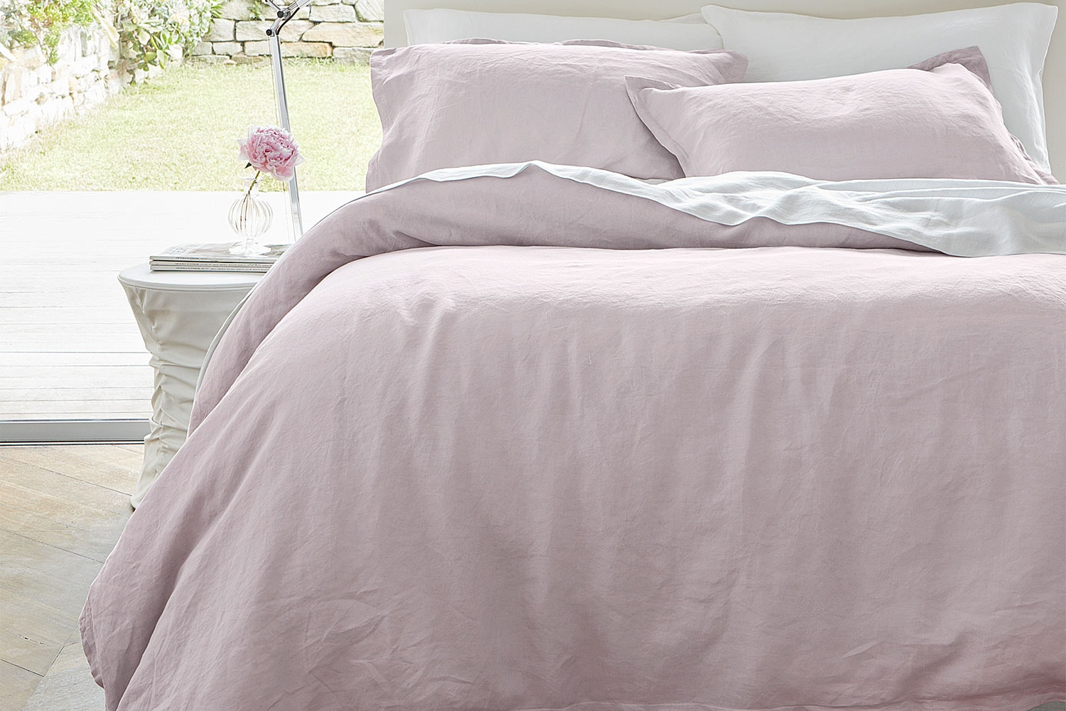 Linen Rosa Duvet Cover Set by Baksana