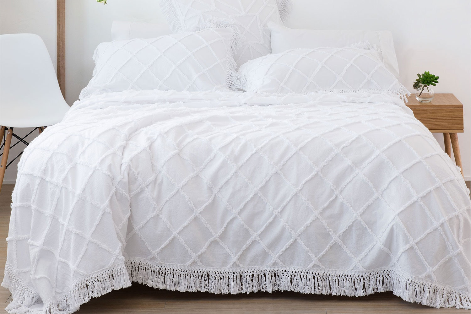 Lumiere Coverlet by Savona