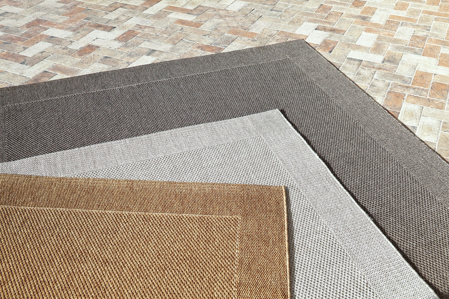 Outdoor Rugs 80 x 150cm by Rug Traders
