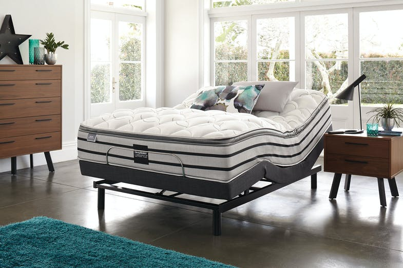 Sleepmaker Posture Support Medium Queen Mattress with Lifestyle Adjustable Base by Tempur