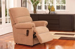 Rialto La-Z-Boy Fabric Luxury Lift Chair by Morgan Furniture
