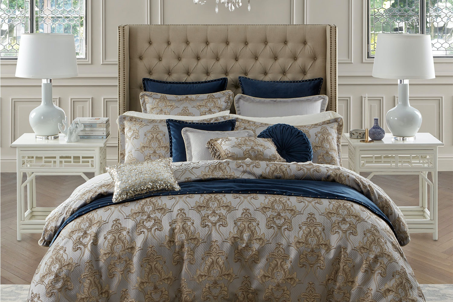 Windsor Gold Duvet Cover Set by Da Vinci