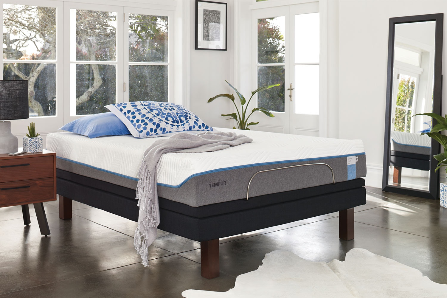 Nova Elite Split Californian King Mattress with Platinum Adjustable Base by Tempur