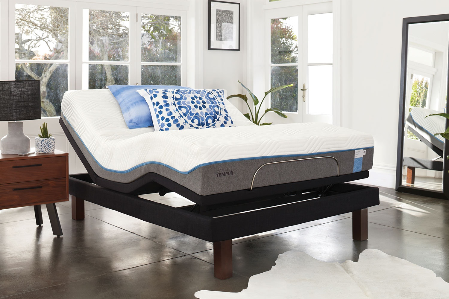 Nova Elite Long Single Mattress with Platinum Adjustable Base by Tempur