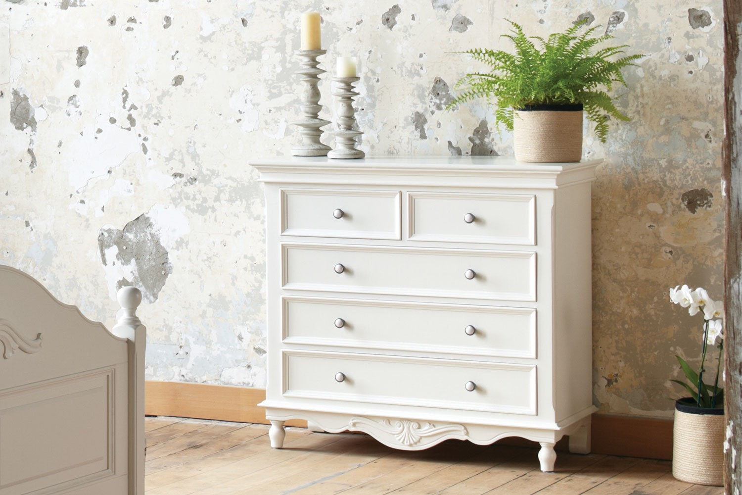 Chambre Chest by Garry Masters