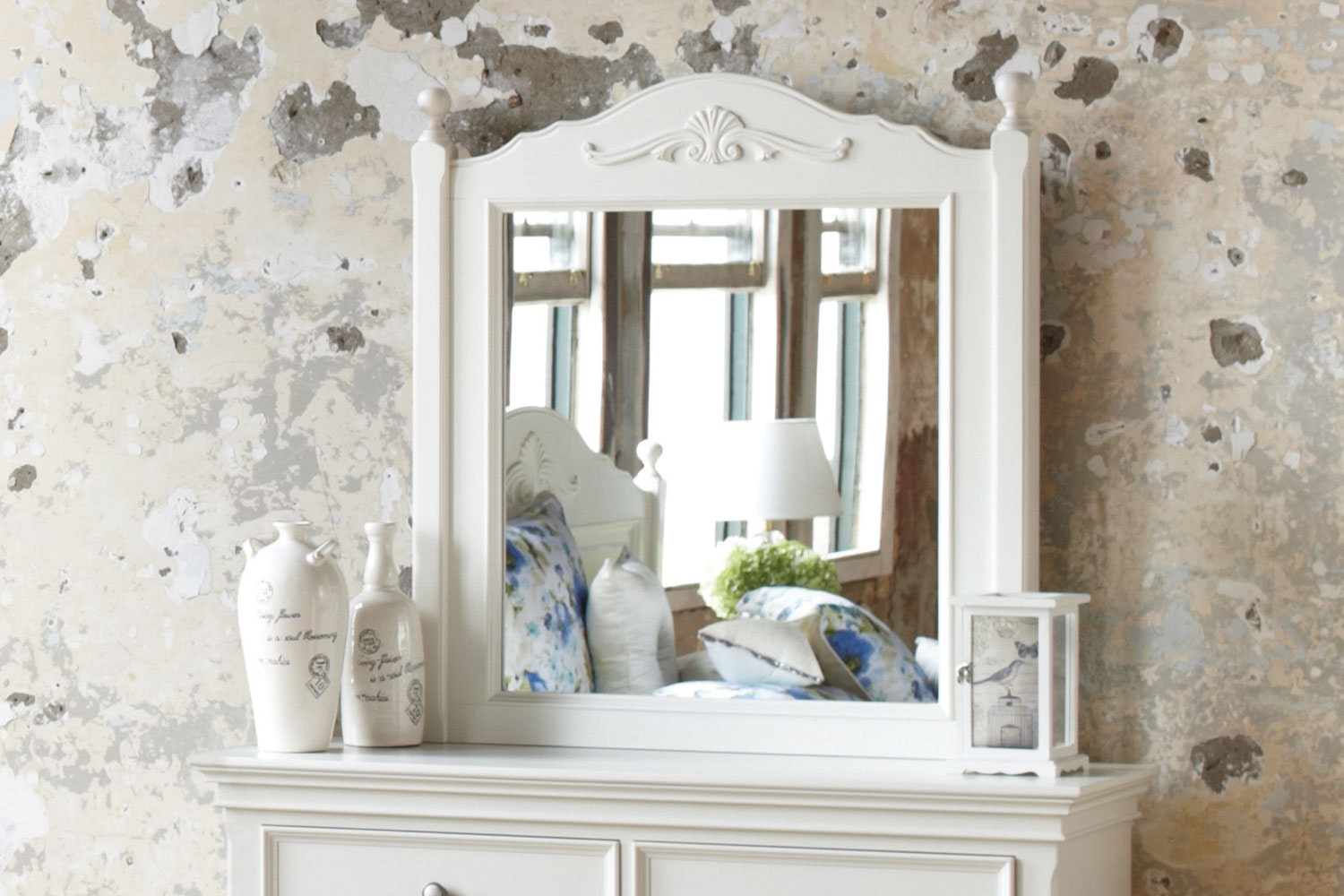 Chambre Mirror by Garry Masters