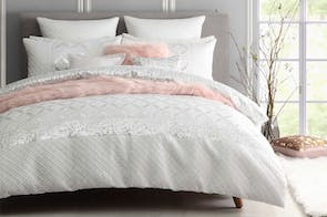 Palais White Duvet Cover Set by Ultima