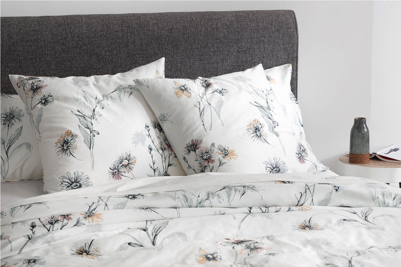 bedding set garden ruffle white duvet rose cover