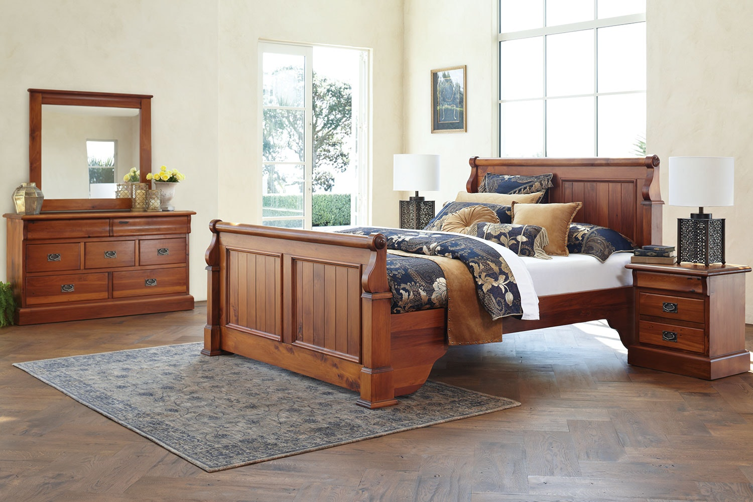 Clevedon 4 Piece Queen Dresser and Mirror Bedroom Suite by Woodpeckers