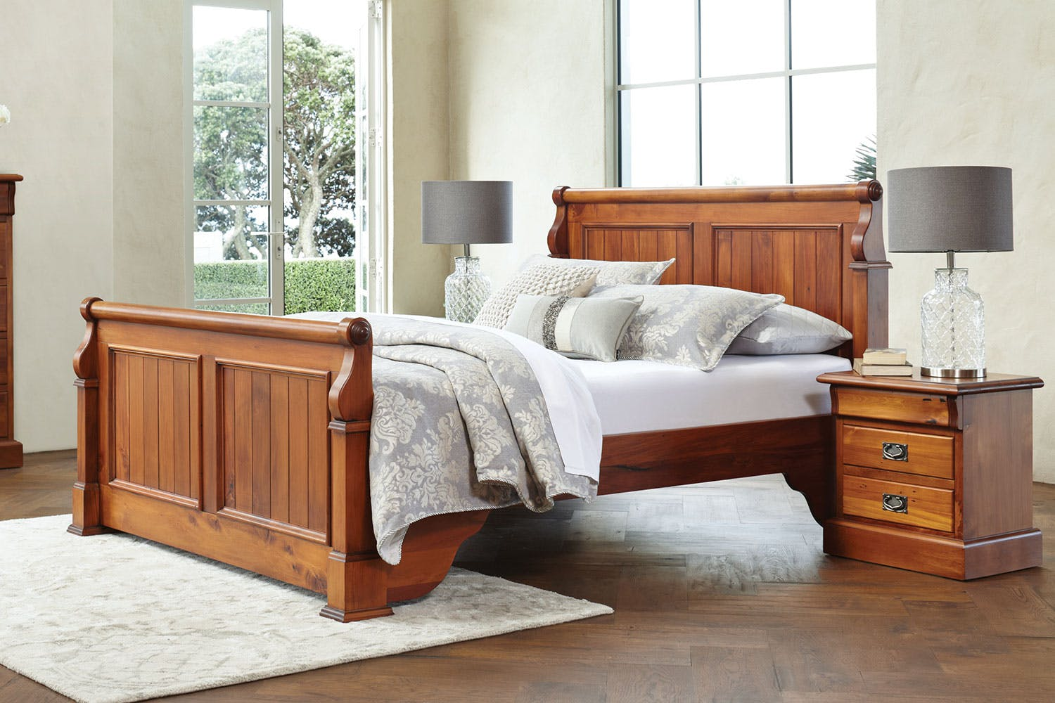 Image of Clevedon King Bed Frame by Woodpecker Furniture