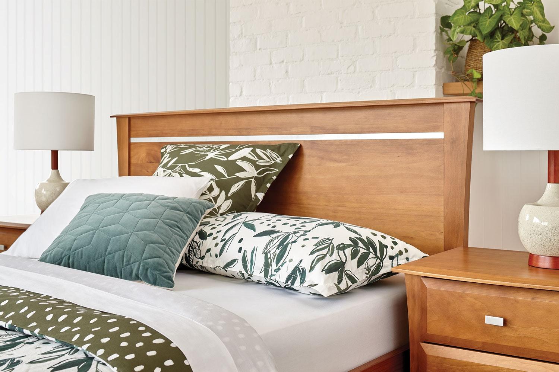 Lynbrook Queen Headboard by Coastwood Furniture