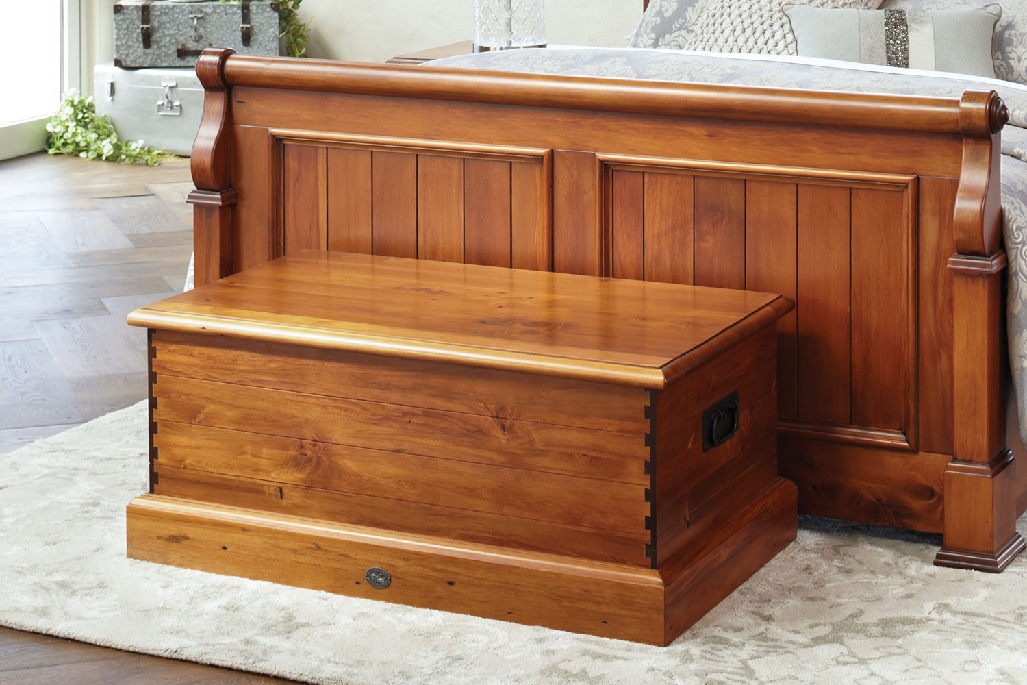 Clevedon Sea Chest by Woodpecker Furniture