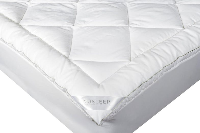 Temperature Regulating Waterproof Mattress Pad by NuSleep