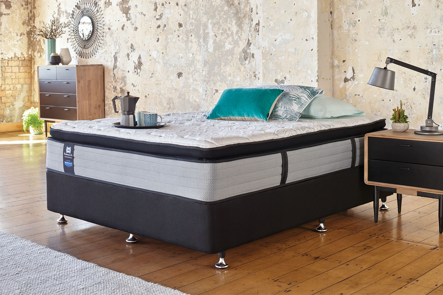 Mason Medium Queen Bed by Sealy Posturepedic