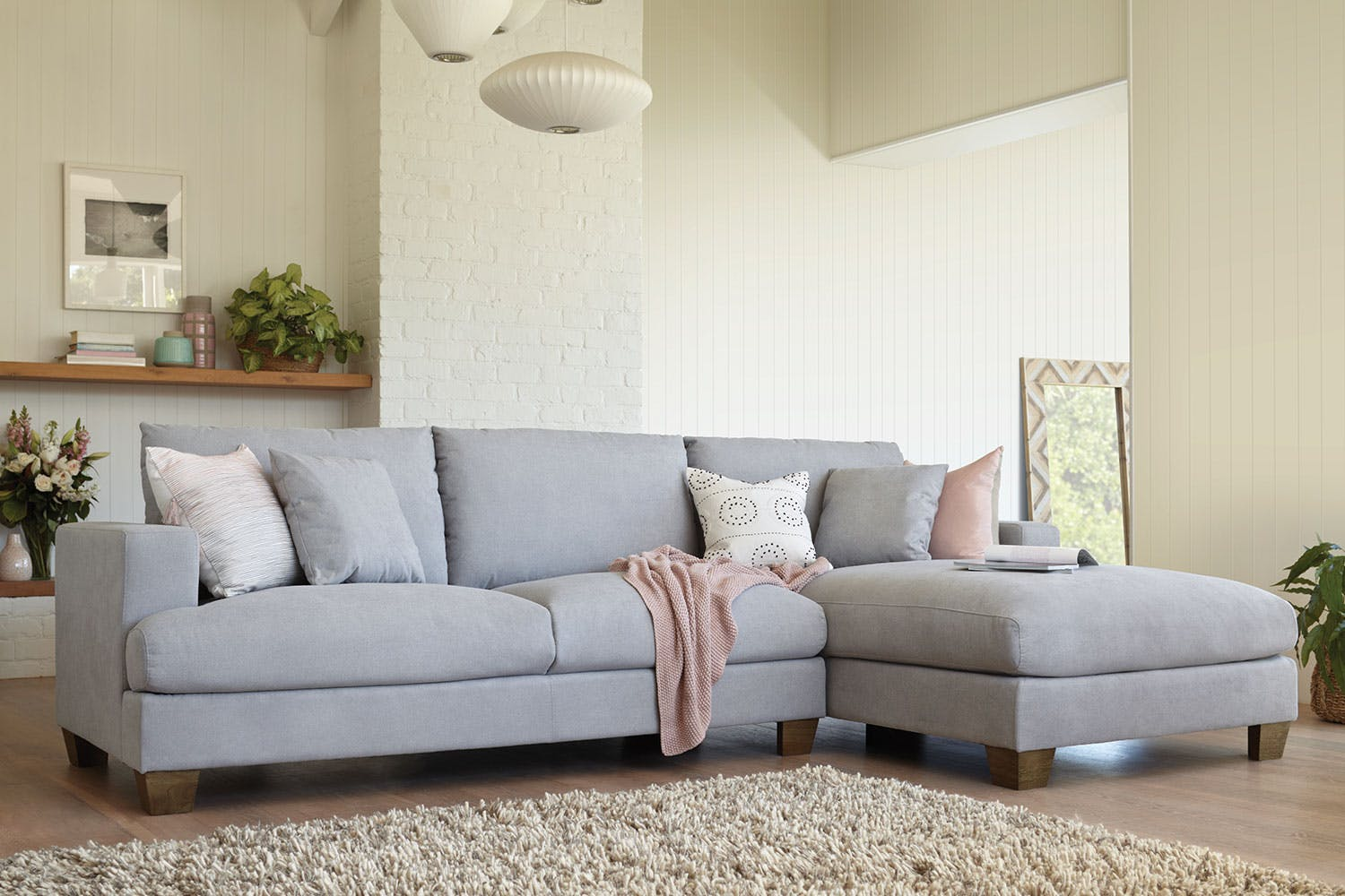 Super Eton 2 5 Seater Sofa With Chaise By Dixie Cummings Home Remodeling Inspirations Basidirectenergyitoicom