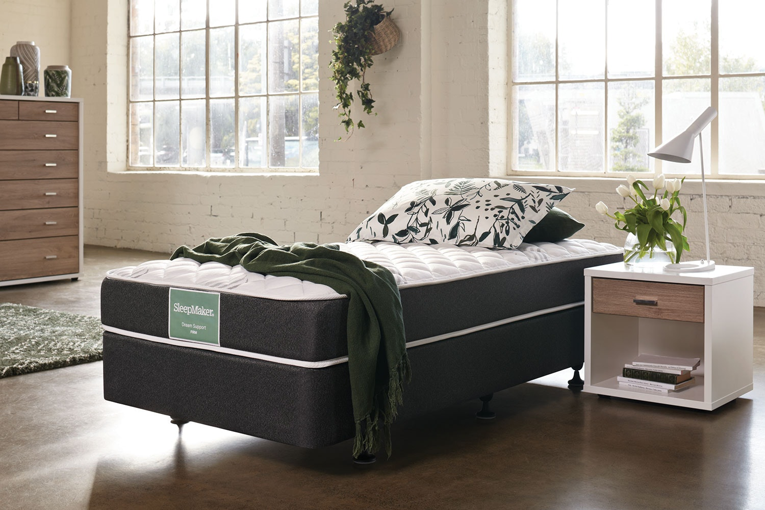 Dream Support Firm Single Bed by Sleepmaker