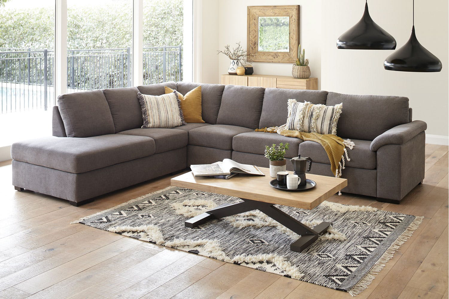 Nebula 5 Seater Fabric Sofa With Chaise