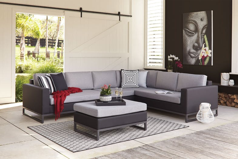 Pagani Outdoor Corner Lounge Setting