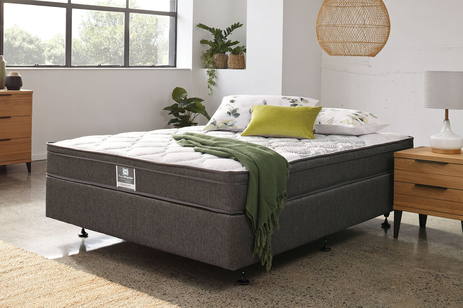 Spinecare Comfort King Single Bed by Sealy