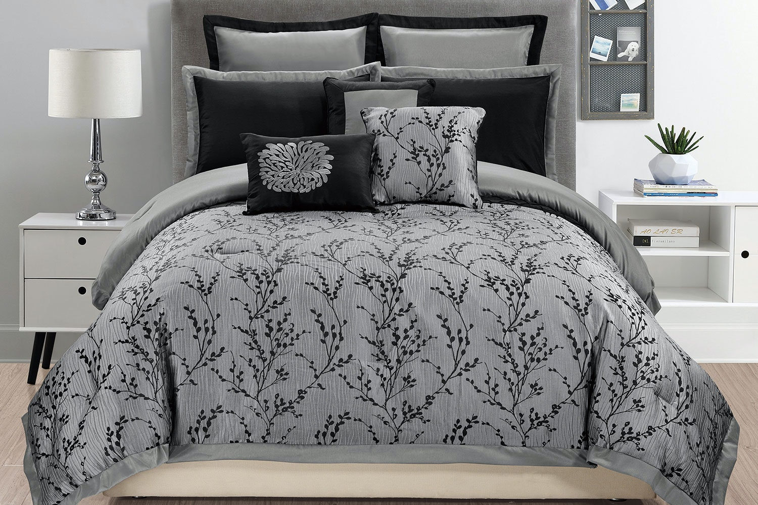 Stacey Comforter Set