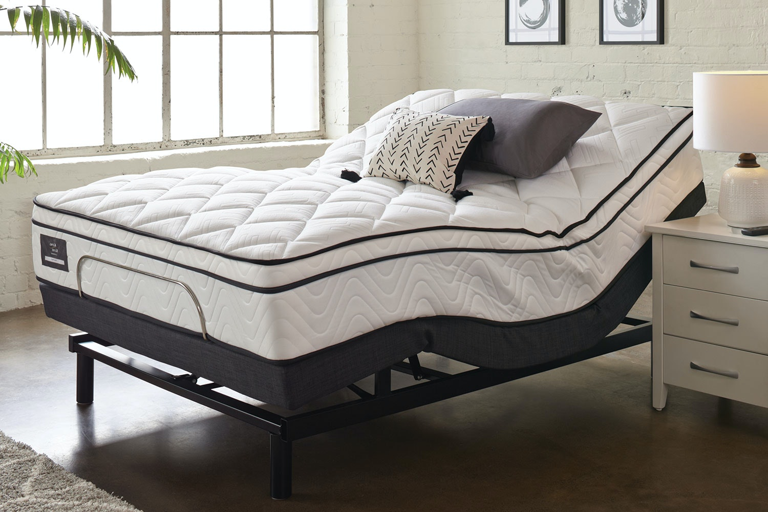 King Koil Viva Plush Queen Mattress with Lifestyle Adjustable Base by Tempur