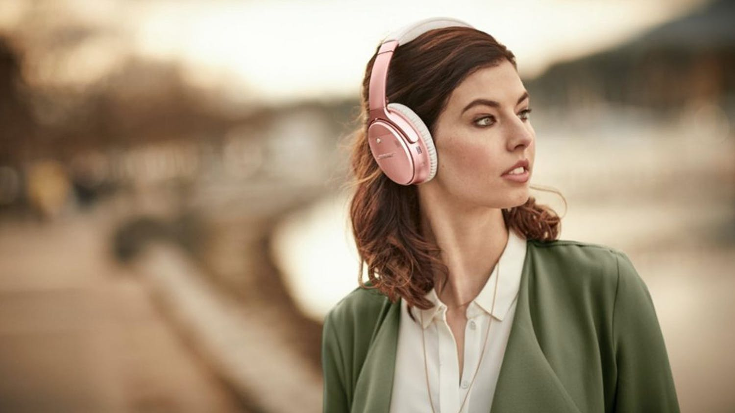Bose QuietComfort 35 II Wireless Over-Ear Headphones - Rose Gold
